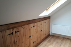 Attic eaves storage